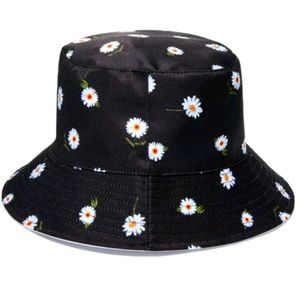 NEW Alice and Olivia Reversible Bucket Hat